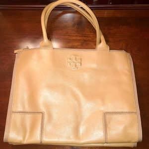 nwt tory burch robinson double zip tote